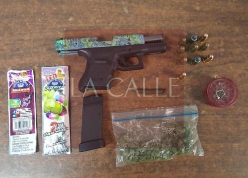 Pistola y marihuana confiscada el Domingo de Pascua en Boquerón (Suministrada/Policía).