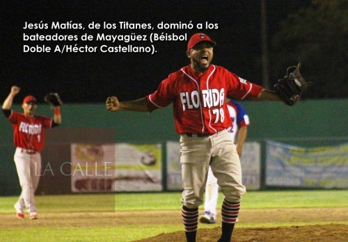 Jesus Matias-Titanes de Florida (foto por Hector Castellano) wm