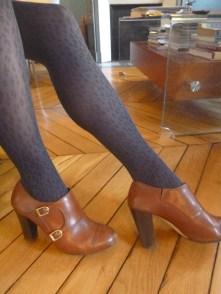 leopard print tights, Gambettes Box, contrasting accessories, banana republic boots