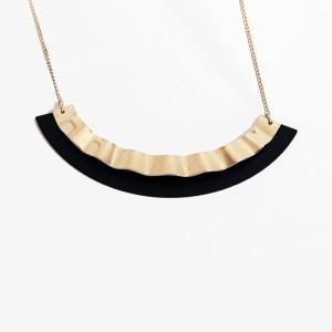 Collier_Pleated_Small_Judith-Benita