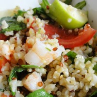 Salade quinoa-boulgour aux crevettes