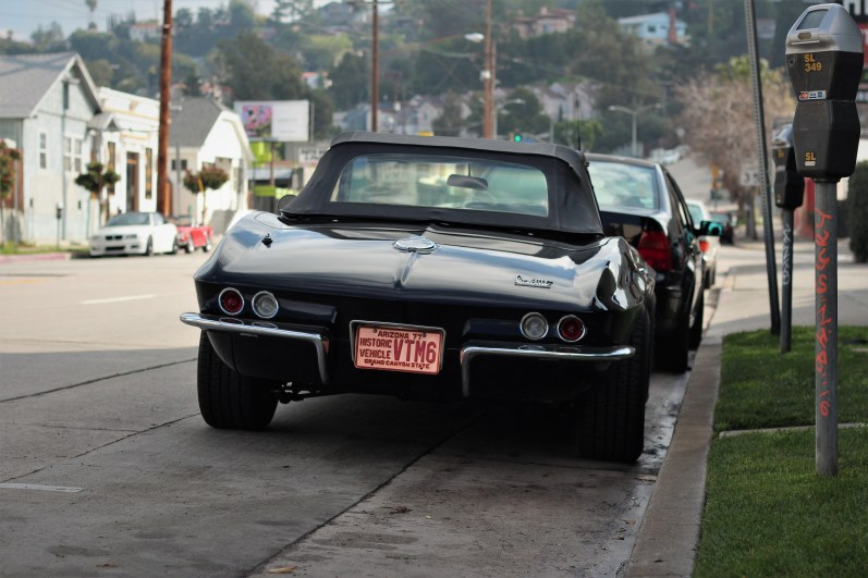1966-corvette-stingray-2
