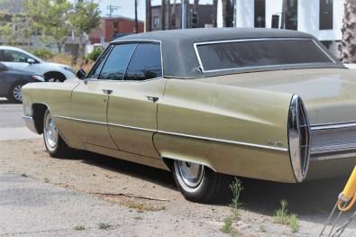 10 - 1967 Cadillac Sedan De Ville (4)