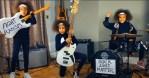 Niña de 10 años sorprende con cover de 'Guerrilla Radio' de RATM