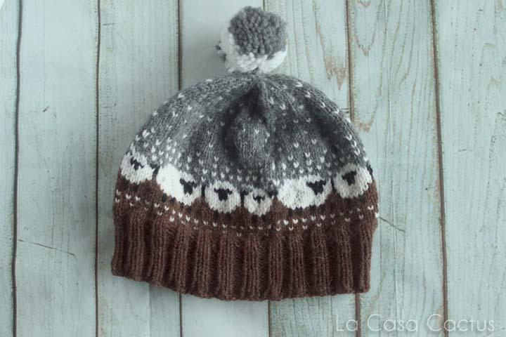 Le bonnet aux p'tits moutons