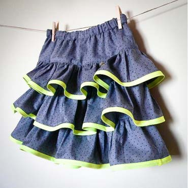 Free tutorials for tween-approved skirts!