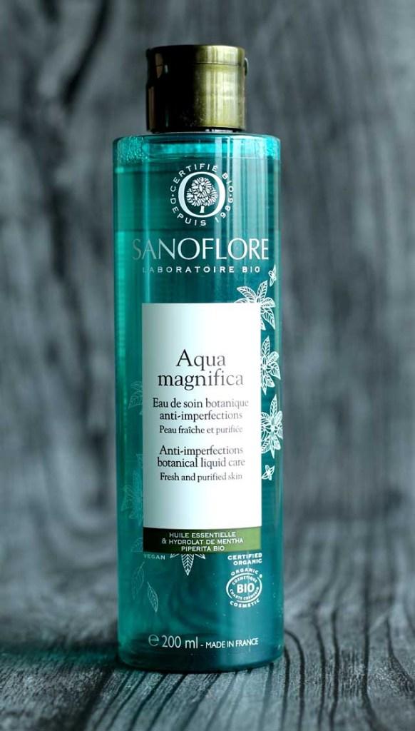 Aqua magnifica