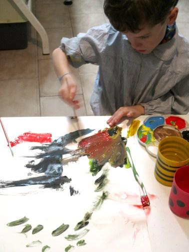 La casa de las quimeras- talleres - Ivan pintando a los 6 años