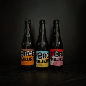Bières sans alcool en bouteilles de la brasserie Force Majeure