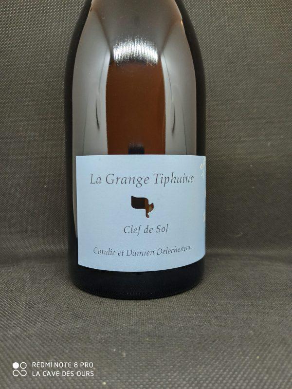 close up label clef de sol white wine