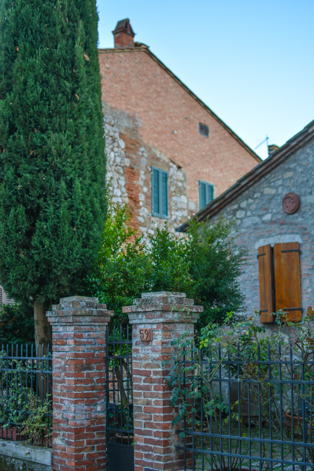 Tuscany's Montefollonico is the perfect place to relax and live like a local
