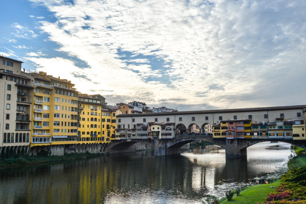 Sunset at Ponte Vecchio - Florence Travel - @lacegraceblog1