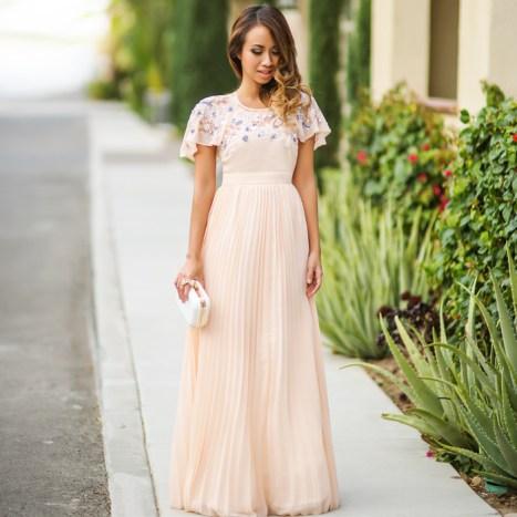 petite fashion blog, lace and locks, los angeles fashion blogger, sale, asos sale, petite clothing sale, blush maxi dress