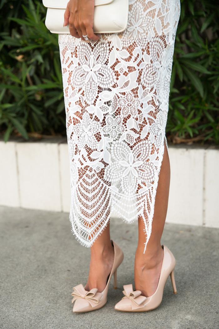 petite fashion blog, lace and locks, los angeles fashion blogger, for love and lemons dress, lace midi dress, white lace dress, bow heels