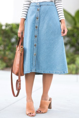 petite fashion blog, lace and locks, los angeles fashion blogger, morning lavender shop, denim midi skirt, casual fall look