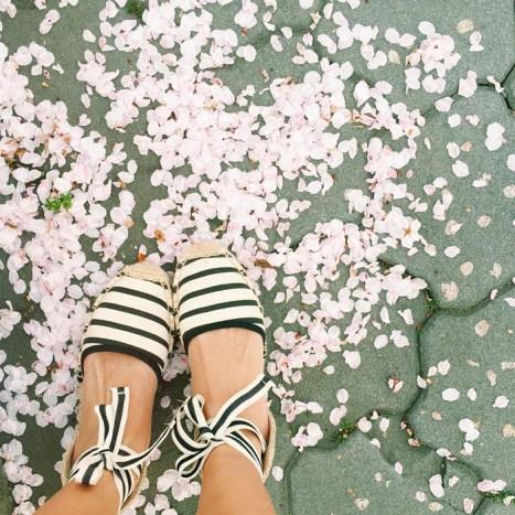 petite fashion blog, lace and locks, los angeles fashion blogger, japan travel diary, tokyo fashion blogger, morning lavender maxi dress, soludos shoes