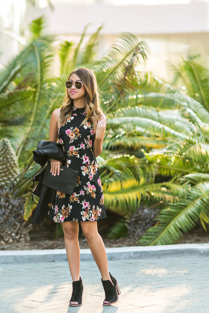 petite fashion blog, lace and locks, los angeles fashion blogger, oc fashion blogger, fall outfit, nordstrom fall fashion, floral shift dress, cute fall look