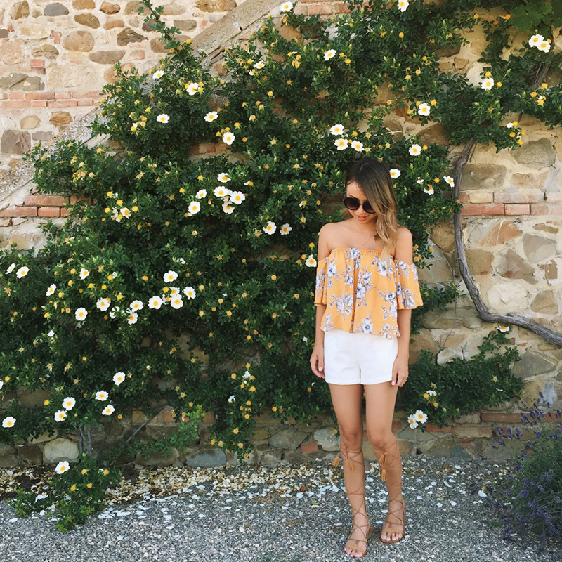 petite fashion blog, lace and locks, cute scallop bikini, italy travel blog, gladiator sandals, mgemi gladiator, tuscany travel blogger