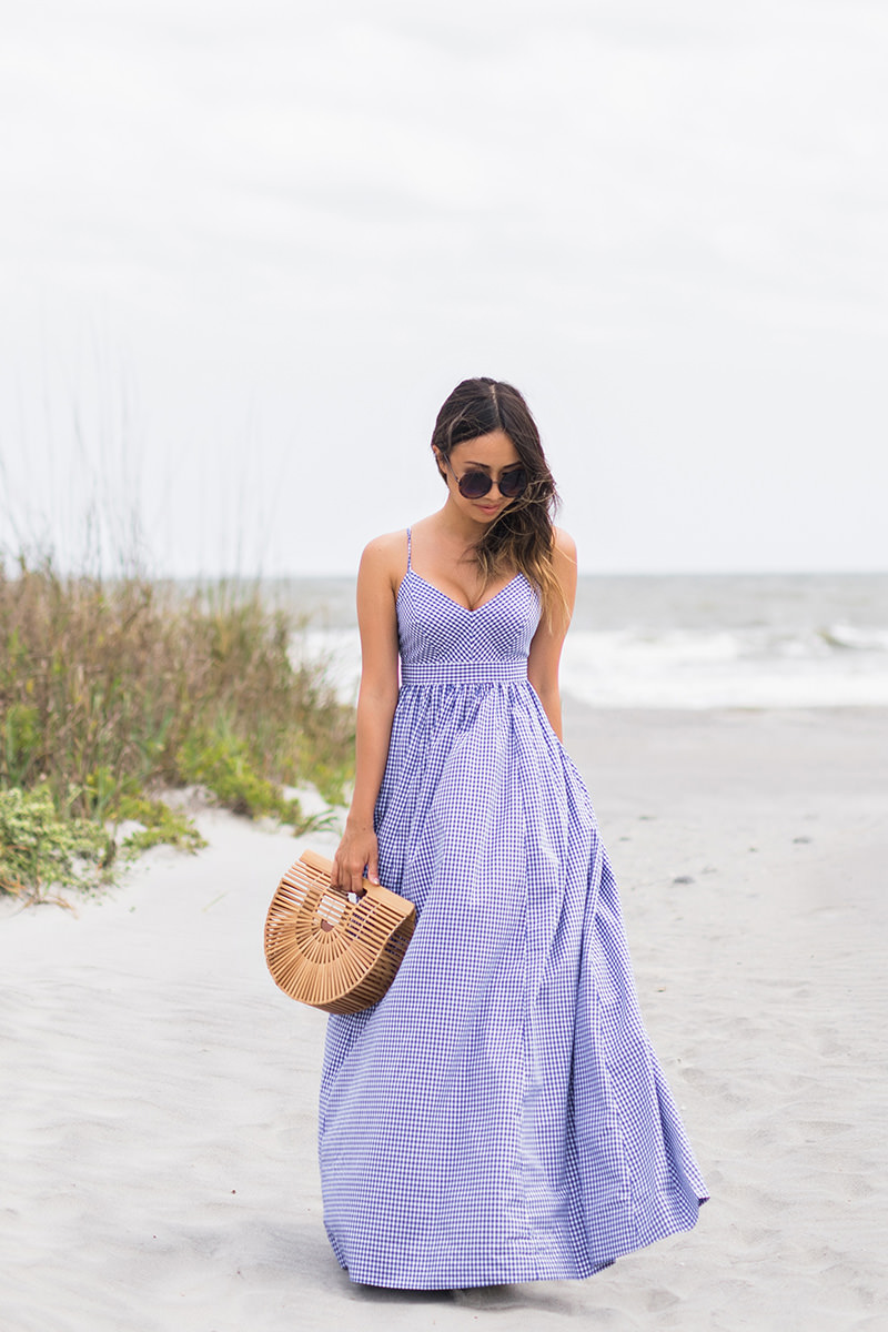 lace and locks, petite fashion blogger, oc fashion blogger, beach dress, folly beach, cult gaia ark bag, gingham maxi dress, charleston fashion blogger