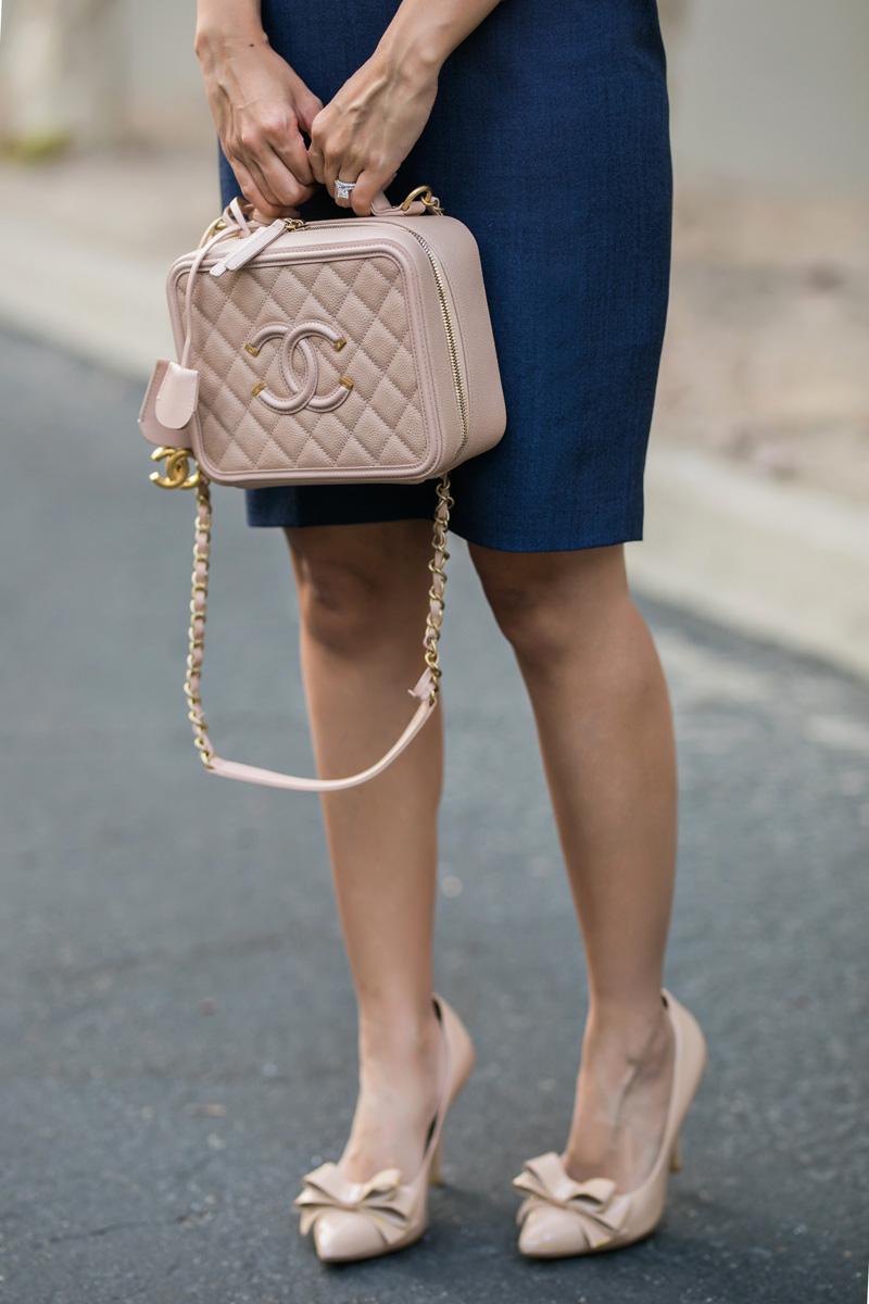 lace and locks, petite fashion blogger, banana republic skirt, banana republic women office look, orange county fashion blogger, la fashion blog