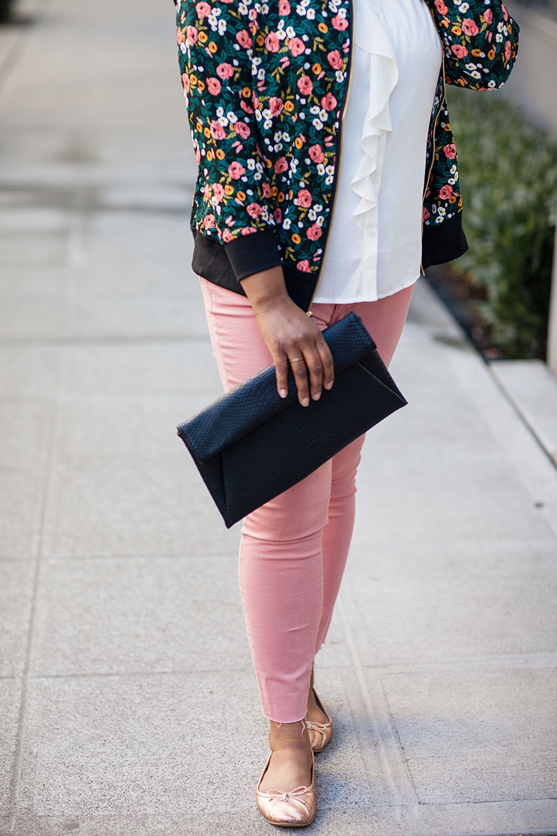 Styling a bomber jacket is hard y'all! It took my mom and I an entire shop day to find something somewhat workable to realize it didn't. Wearing: floral bomber jacket, pink pants, and rose gold flats.