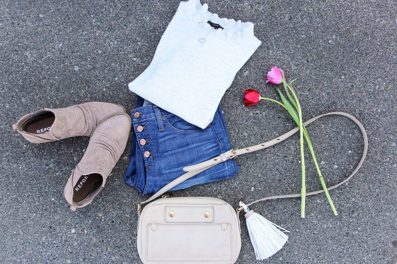 After cleaning out my closet, I barely had anything left! This is when I thought about creating a capsule wardrobe: minimal, neutral, and basic. I like the look on some, but it's not necessarily my style, although I've always wondered if I could create a capsule wardrobe for myself that was more on the feminine side.