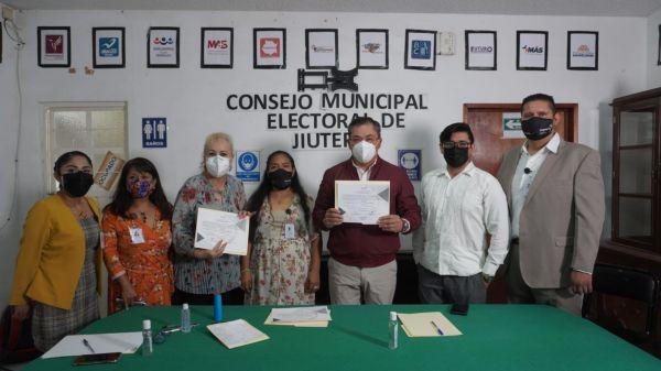 Rafael Reyes obtiene la constancia de mayoría y seguirá en la presidencia municipal de Jiutepec