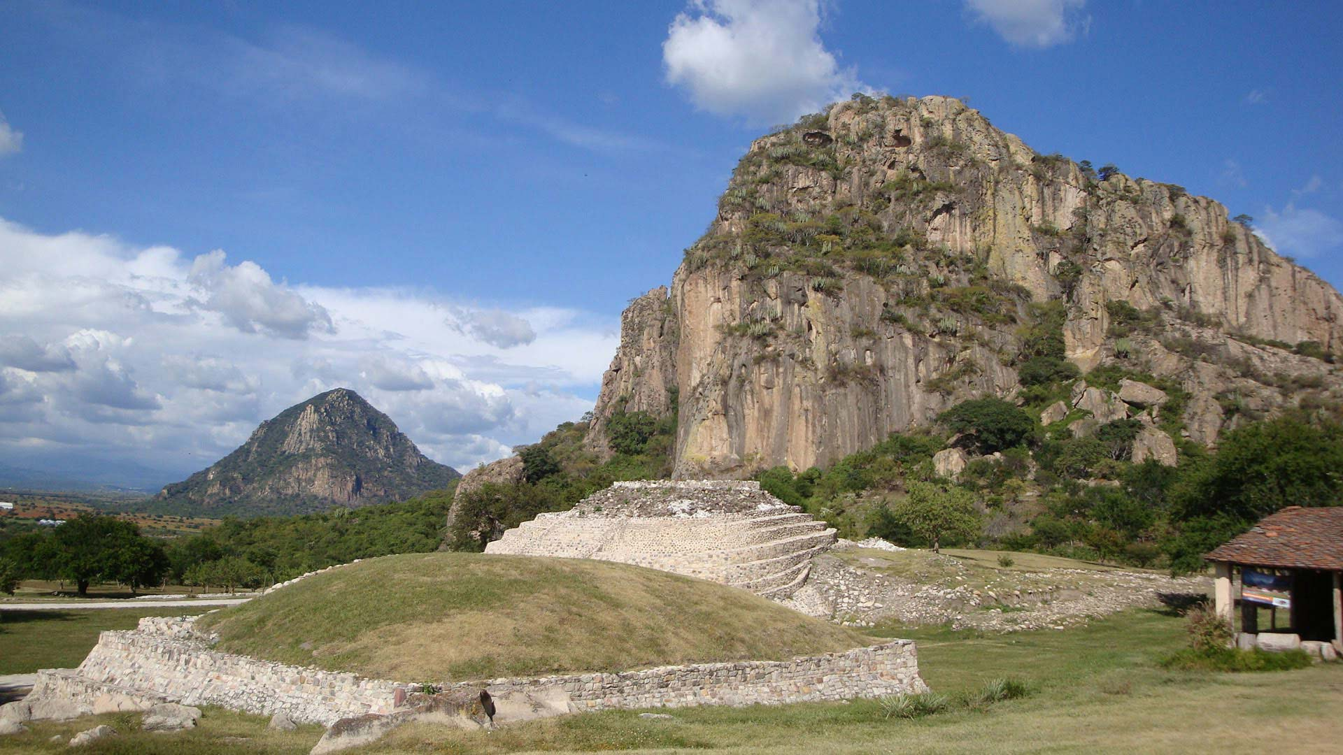 Zona Arqueológica Chalcatzingo en Jantetelco - Morelos | Reseña, Ubicación Y Precios Para Visitar Las Pirámides