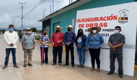 En Temixco realizan trabajos de pavimentación con concreto hidráulico y construcción de red de drenaje sanitario en diferentes colonias