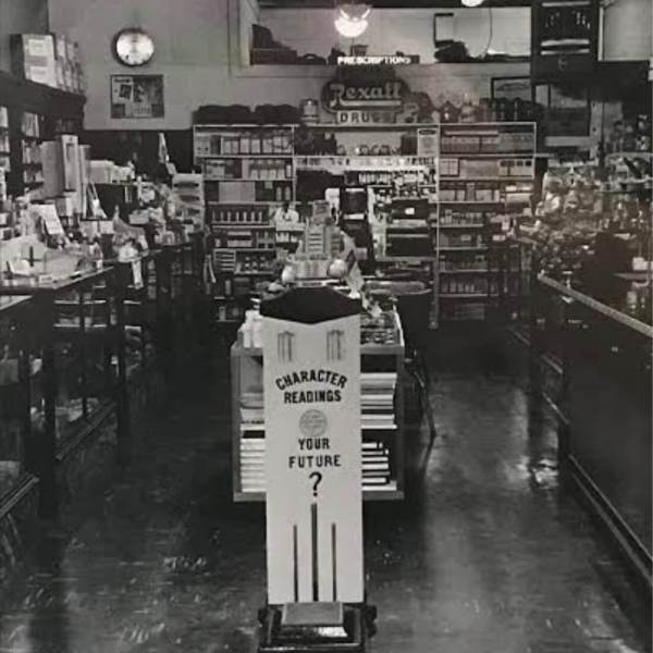 This is a picture of Lacey's former location when it was owned by George Lacey. It was located in Acworth, Ga., directly down the street from it's current location.