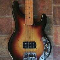Basse Music Man Sting Ray Cliff Williams AC/DC - Guitares d'Exception Matthieu Lucas