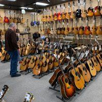 Visite chez Norman's Rare Guitars avec Norman Harris et Michael Lemmo - Vlog 21/01/20