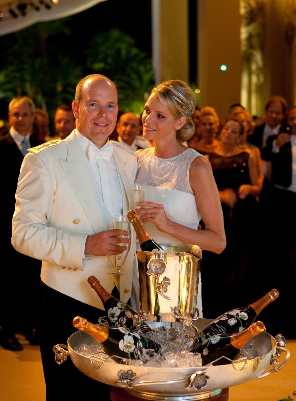 Du Belle Epoque 2002 (Perrier-Jouët) pour un mariage princier.