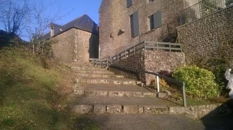 L'escalier aussi date du XIV ème!