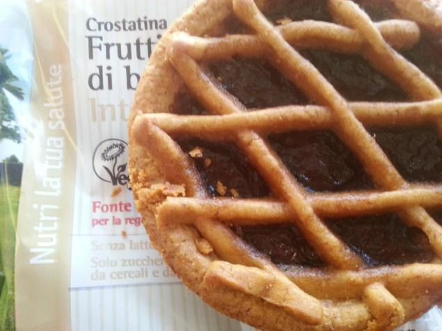 Crostatina vegana de frutas vermelhas