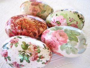 decorare le uova di Pasqua lachipper.com