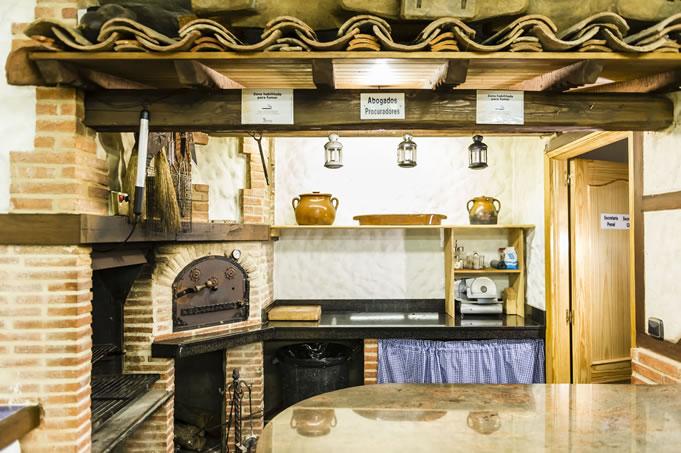 Barbacoa y horno de leña