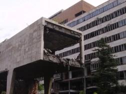 2008: volúmen de entrada al edificio B