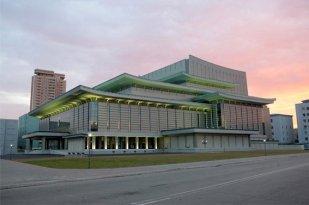Teatro de drama, 2012