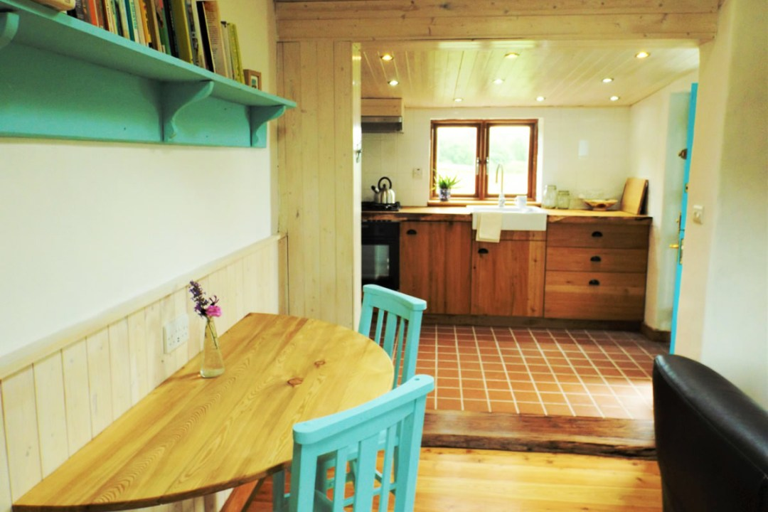 The interior of Birch Cottage combines elements of a traditional Irish cottage with modern ideas. Eco accommodation in Ireland.
