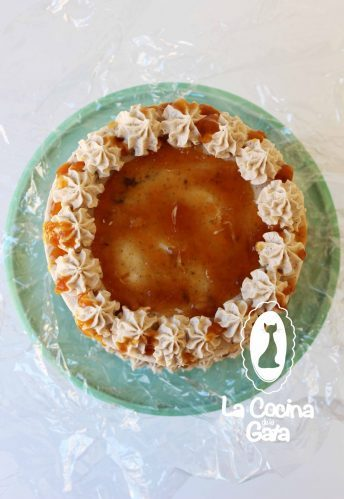 ¡Tarta especiada con toffee de plátano!