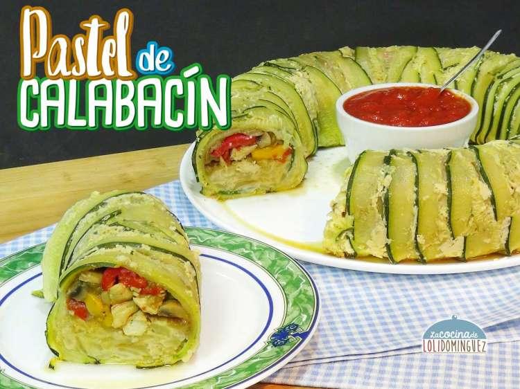 Pastel de calabacín relleno de verduras, pollo y tortilla