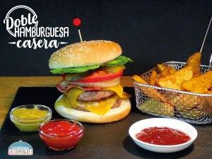 Súper hamburguesa doble casera y patatas gajo ¡¡DELICIOSA!!