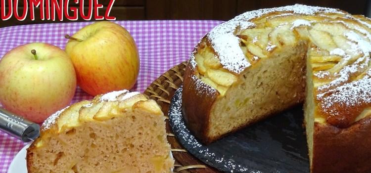 Bizcocho de nata y manzana súper jugoso y muy fácil. Loli Domínguez