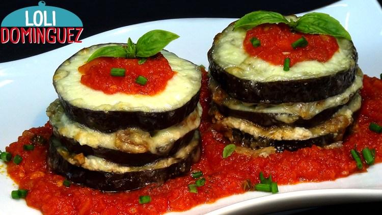 Torres de Berenjenas rellenas con queso y nueces al horno. Receta ligera y saludable.