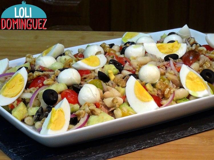 Ensalada fácil de legumbres (Hoy de Alubias) fácil, rápida y muy fresquita. Haremos una comida completa con esta riquísima ensalada