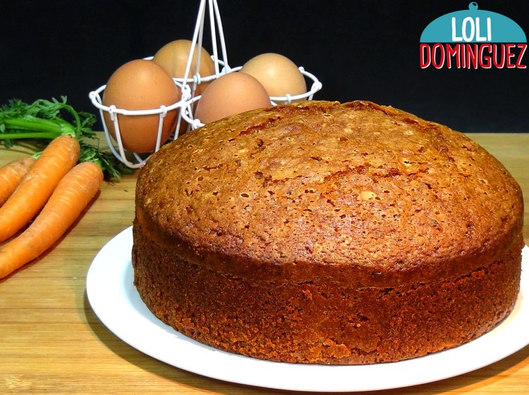 BIZCOCHO DE ZANAHORIAS O CARROT CAKE. Cómo hacer el mejor y más fácil Bizcocho de zanahorias o Carrot Cake.