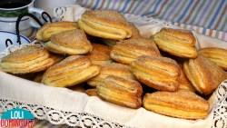 GALLETAS RUSAS, ¡UNA RECETA FACIL QUE TE VA A ENCANTAR! Estas galletas quedan con una textura tierna y de un sabor delicioso, además de aspecto resultan muy bonitas y apetecibles, el ingrediente principal de estas galletas hacen que tenga un sabor muy rico y diferentes a cualquier galleta que hayas comido nunca