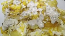 huevos rotos con patatas fritas