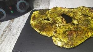 filetes de pavo a las finas hierbas en la plancha fun pizza&co cecotec